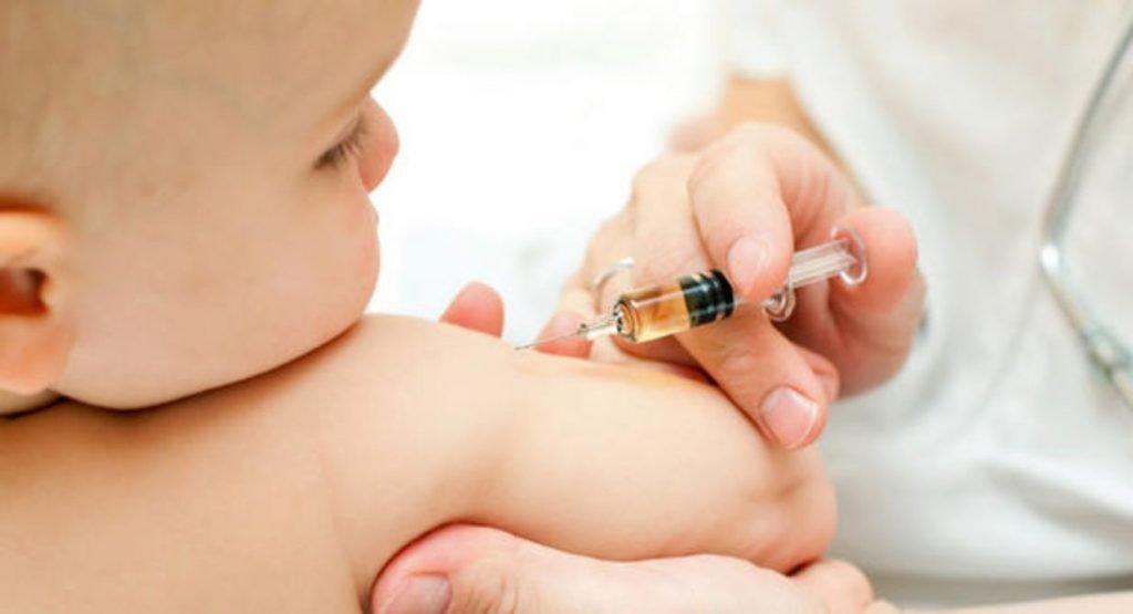 Aplicación de vacunas en Puerto Vallarta